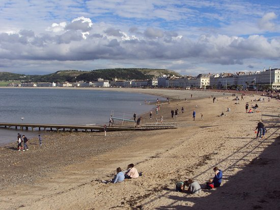 Ascot House: Llandudno beach and promenade.