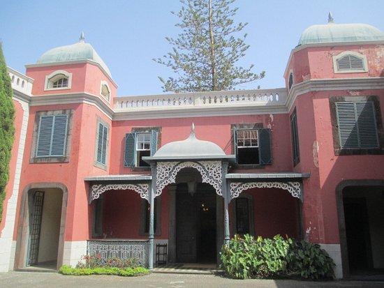 Frederico de Freitas Museum: Entrance to the house