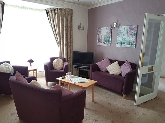 Abbeydale Hotel: Our Cosy Lounge