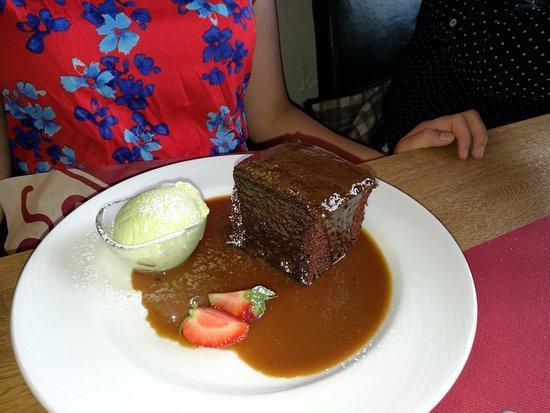 Llandinam, UK: Sticky toffee pudding