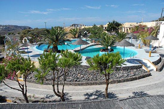 Caldera View Bungalow Resort: Pool Area