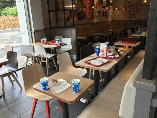 Kfc Drive Through Chadwell Heath Kfc Romford Traveller Reviews Tripadvisor