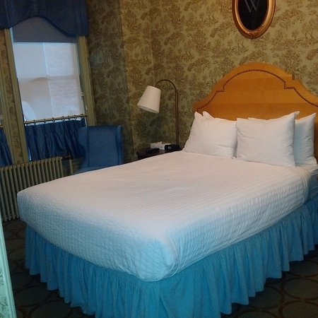 Wolcott Hotel: My single room on the second floor (refurbed)