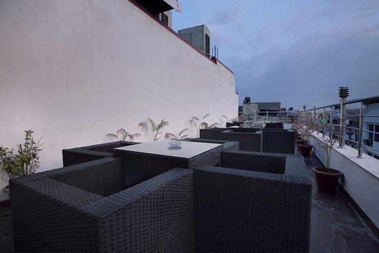 هوتل كريشنا نيو دلهي: Roof Top Open Area
