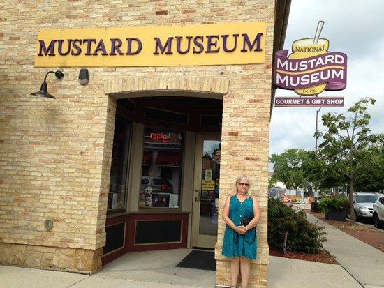 Middleton, WI: Entrance to Tasty Fun