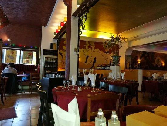 Le bistrot montmartre restaurant 6 rue sadi carnot in for Le miroir restaurant montmartre