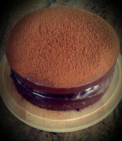 Birchington, UK: Chocolate cake