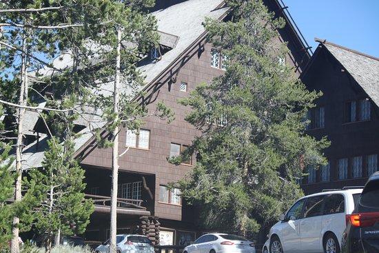 Old Faithful Inn 사진