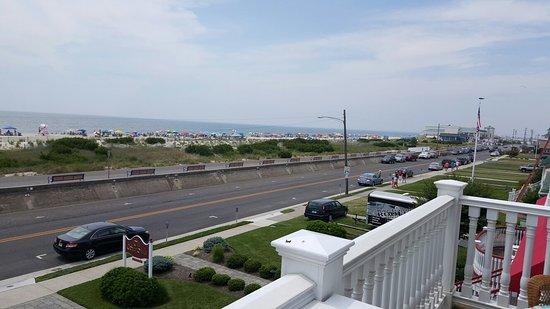 931 Beach Guest House: 20160722_122334_large.jpg