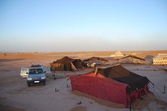 Riad Azzar: Desert, very nice camp luxery unexpected