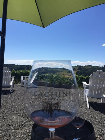 Lachini Vineyards