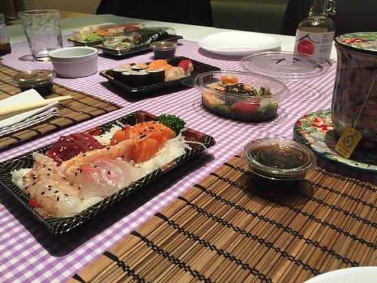Cadoneghe, Italia: Sushi asporto!