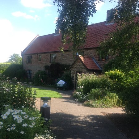 Ivy House Country Hotel Photo