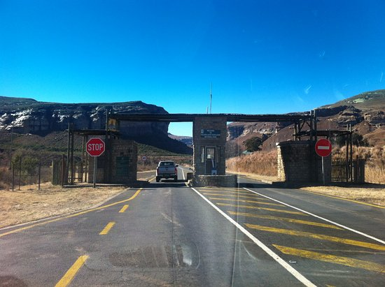 Free State, Republika Południowej Afryki: Gate to the Golden Gate Highlands National Park