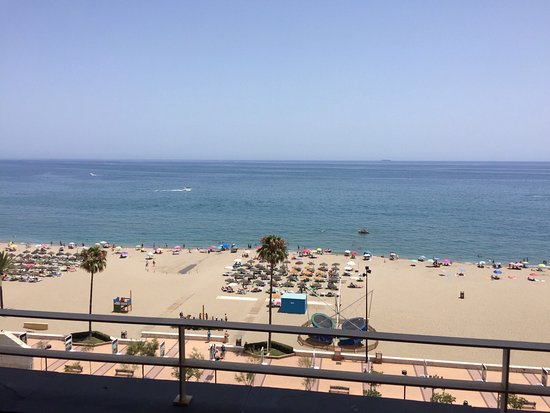 ILUNION Fuengirola : Lots going on outside