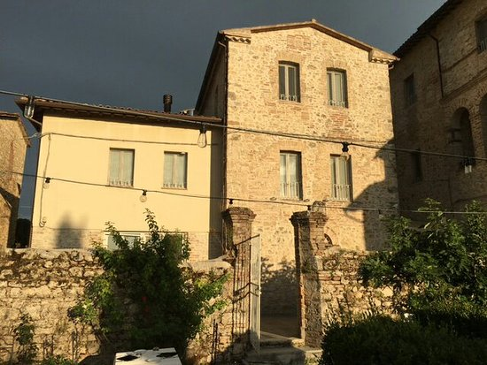 Massa Martana, İtalya: IMG_8307_large.jpg