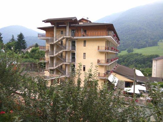 Hotel Monte Nebin: Struttura