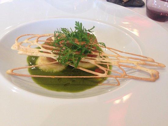L'Estouffade : croquettes d'escargots sur lit de parmesan