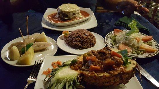 Don Lorenzo: Spicy Lamb Stew y Lasagne