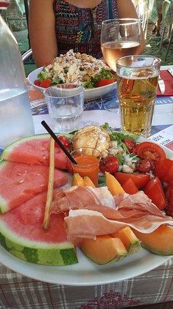 L'Hermitage : assiette fraîcheur / salade césar