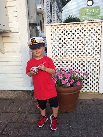 Ben & Jerry's : The Captain enjoying his ice-cream