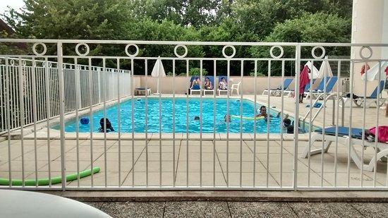 La Roche-Posay, Francia: petite piscine