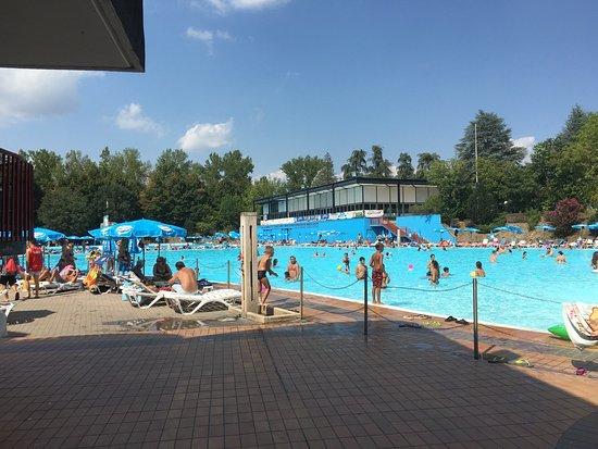 Elegant piscine di acqui terme with foto di piscine for Costi di costruzione della piscina