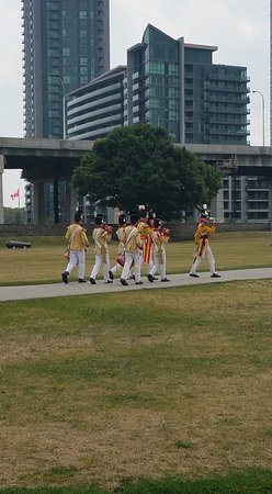 Fort York National Historic Site : Marching band with the Gardiner Expressway as a backdrop!