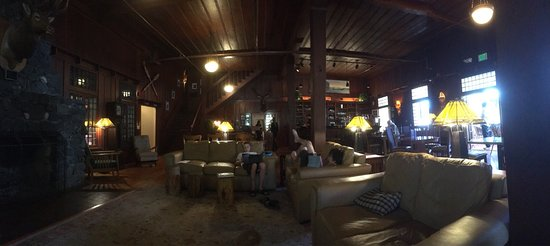 Lake Crescent Lodge: photo1.jpg