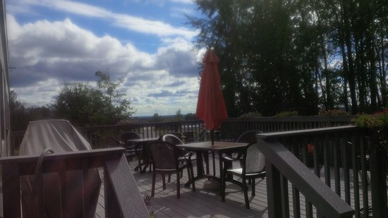 Fort Nelson, Canada: patio