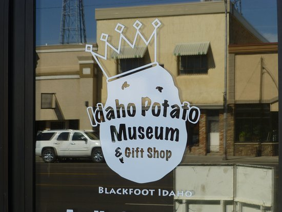 Blackfoot, ID: The entrance door reflects the buildings across the street.