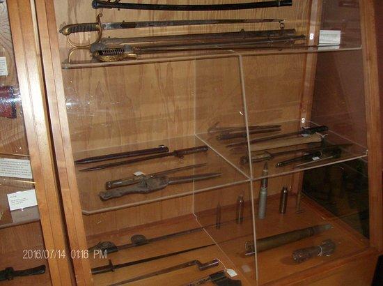 Florence, Oregón: Weapon Display