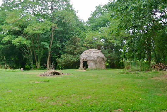 Saint Mary's City, MD: Indian hut reconstruction. The colonists originally purchased empty huts from the local tribe.