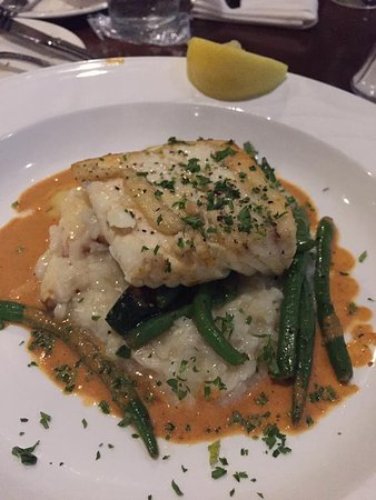 Depoe Bay, OR: Halibut with crab risotto and vodka sauce!