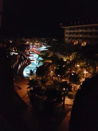 Royal Dragon Hotel: 20160728_004229_large.jpg