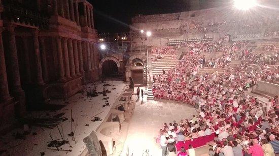 Teatro Romano de Mérida: IMG_20160728_224910_large.jpg