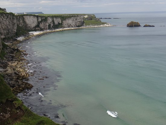 Ballintoy, UK: The view up and down the coast is spectacular on a clear day.