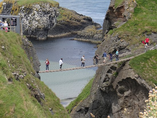 Ballintoy, UK: Once you're on the bridge, there is really no turning back.