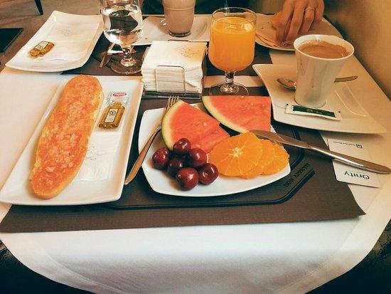 Hotel El Trebol : IMG_20160725_094231~2_large.jpg
