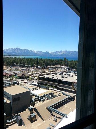 Harrah's Lake Tahoe: Beautiful Lake Tahoe