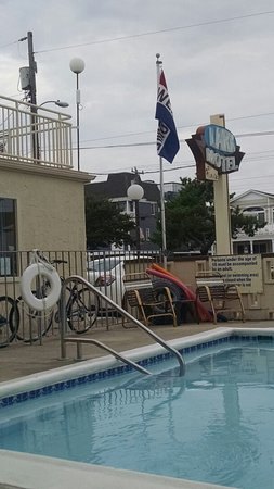 Lark Motel: IMG_20160730_131246560_large.jpg