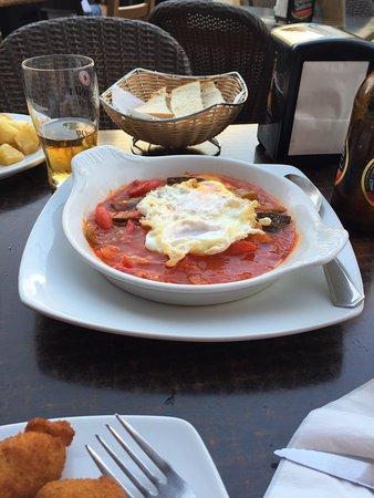 Restaurante las meigas en fuengirola con cocina otras - Cocinas fuengirola ...