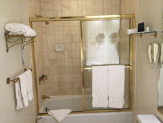 The Kensington Park Hotel : photo0.jpg