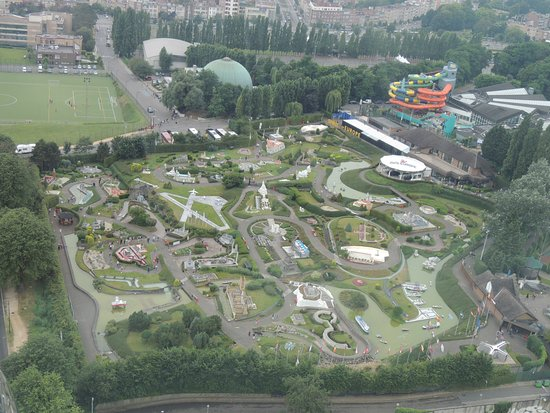 Le parc Mini-Europe vu du ciel ou plus exactement du ...