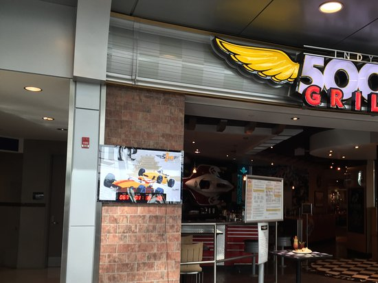 Indy 500 Grill At Indianapolis International Airport Fun Restaurant Delicious Breakfast
