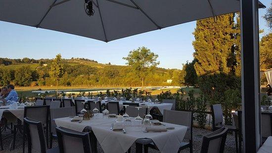 Montespertoli, Italien: 20160730_195554_large.jpg