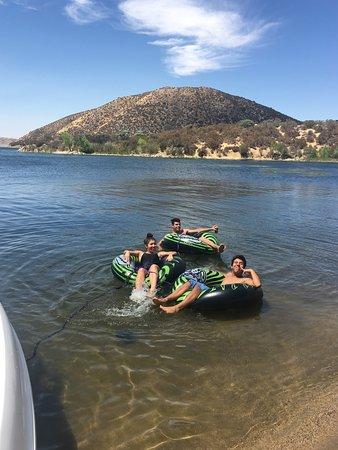 Silverwood Lake State Recreation Area: Relaxing at Silverwood Lake