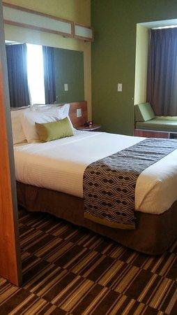 Microtel Inn & Suites by Wyndham Opelika: 20160727_133626_HDR_large.jpg