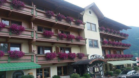 Ried im Zillertal, Österreich: Ein Augenschmaus von innen und außen ;-)