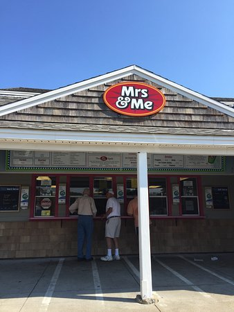 Kittery, ME: MRS and Me